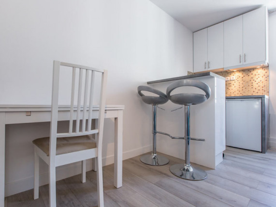 investissement-immobilier-paris-11-studio-transforme-en-t2